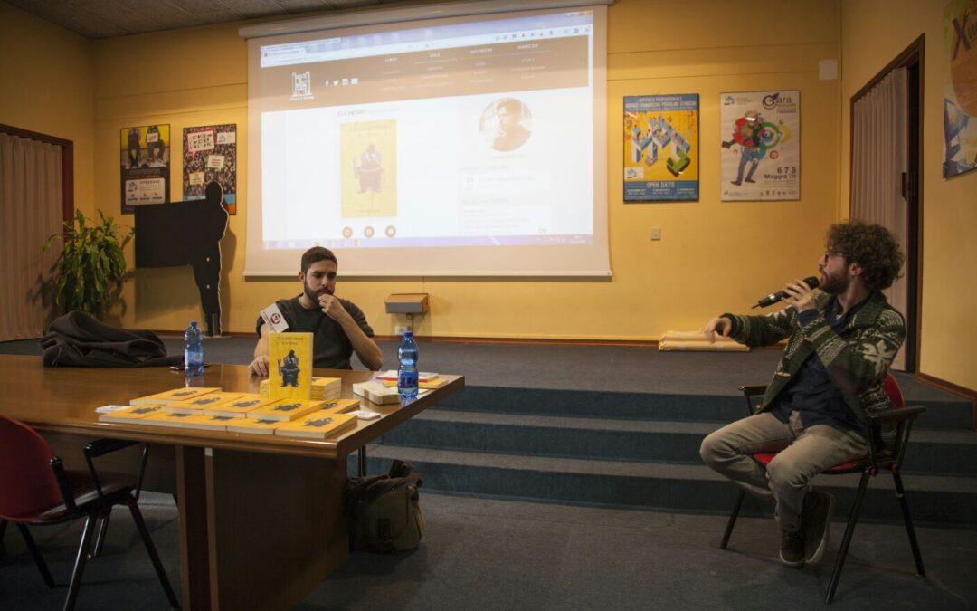 """""""UN LIBRO E' PER SEMPRE"""": incontro con lo scrittore Giuliano Pesce."""