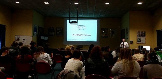 """""""Fisco & Scuola"""""""